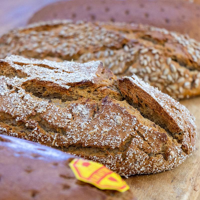 Conditorei & Café Bösewetter - frisches Brot